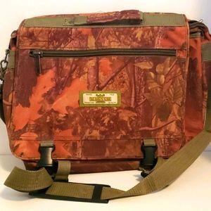 Magnum camo computer, range and field bag